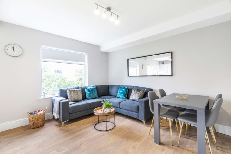 https://beyond-lettings.co.uk/wp-content/uploads/2020/08/16-Derwent-Water-Terrace_05-scaled.jpg