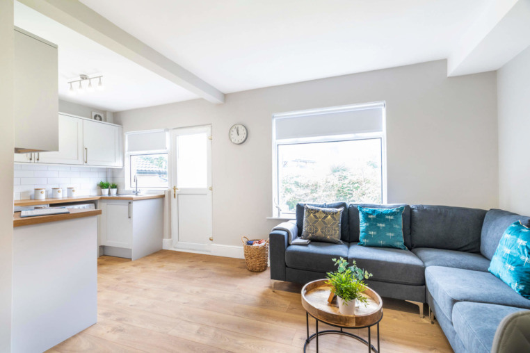 https://beyond-lettings.co.uk/wp-content/uploads/2020/08/16-Derwent-Water-Terrace_06-scaled.jpg